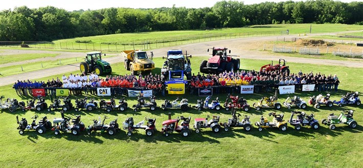 ASABE to Host 1/4-Scale Tractor Competition